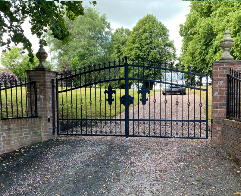 Traditional Metal Electric Gates